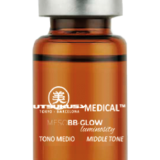 Utsukusy BB Glow Serum mittel - mittlerer Farbton von Utsukusy Cosmetics
